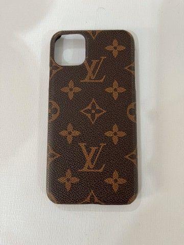 Case iphone 11 pro max LV