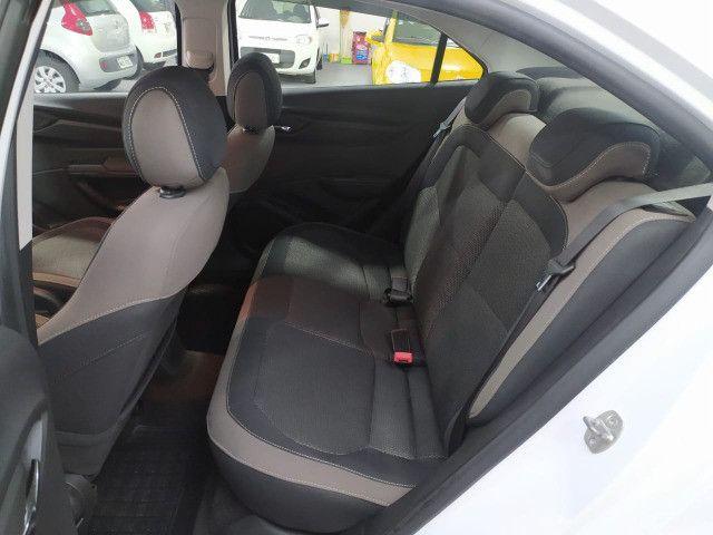 Chevrolet Prisma LTZ 1.4 2014 - Baixa Km - Foto 16