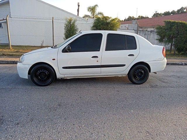 Clio 1.0 - Foto 6