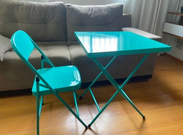 Mesa com cadeira de aço - Foto 2