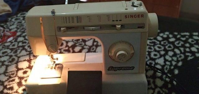 Máquina de costura Singer  - Foto 5