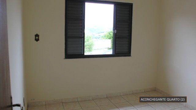 Ampla casa no bairro São Pedro em Barbacena - Foto 8
