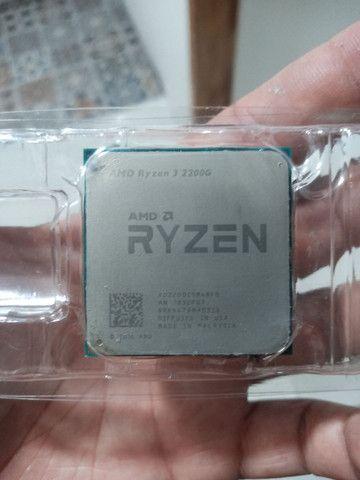 Vendo Ryzen 3 2200g 3.5GHZ Vídeo Integrado