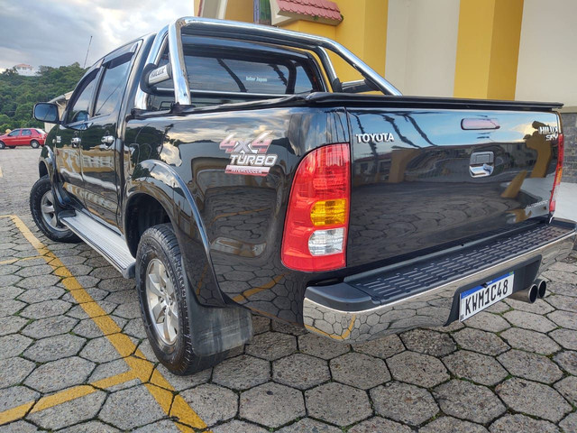 Toyota Hilux 4x4 Diesel automática SRV - Foto 2