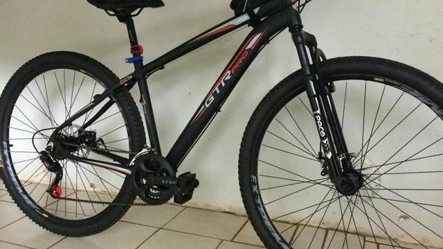 Bicicleta GTR com freio a disco. nova