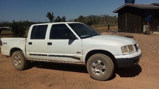 Gm - Chevrolet S10 - Ji parana