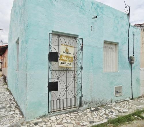 Kitinet com 29 m² por 400/mês em Parque Araxá - Fortaleza - CE