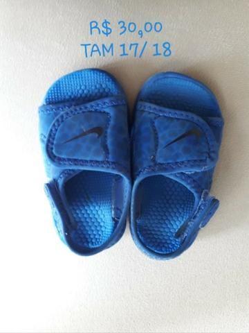 Sandália Nike
