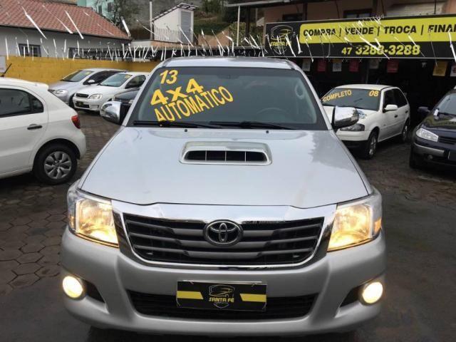 Toyota Hilux CD 4X4 SRV AUT DIESEL TOP DE LINHA