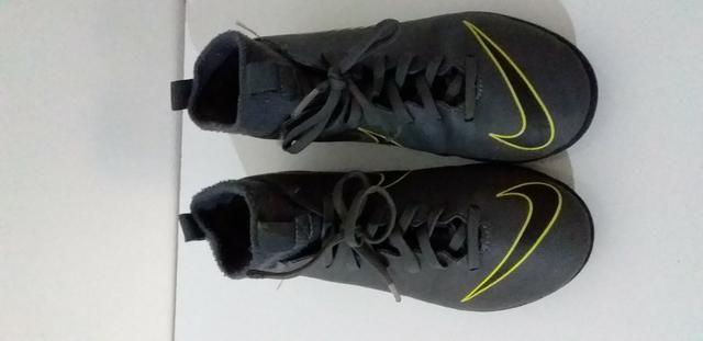 Botinha Chuteira Futsal N° 32 Nike Mercurial Superfly Original - Foto 2