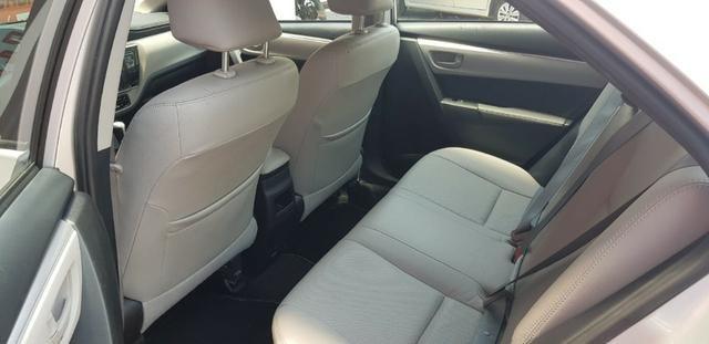 Toyota Corolla XEi automático promocao troco por moto - Foto 6