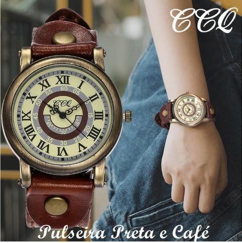 9b33c8e2094 Relógio Quartz CCQ Feminino Vintage - Couro Preta E Café + Caixinha ...