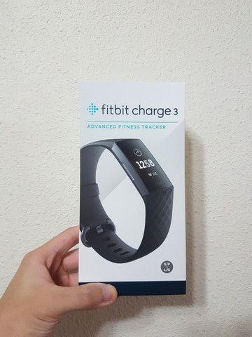 Fitbit Charge 3 Black - Preto - Com 2 Pulseiras P / G - Foto 4