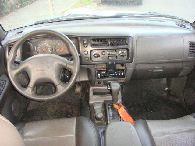 L-200 2.5 Sport HPE 4x4 Cabine Dupla Turbo Automatica - 2006 - Diesel - Prata - Foto 13