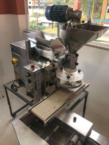 Máquina de salgados com empanadeira - Foto 2