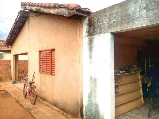 Casa comum com quintal grande atrás de hortfruit no Santa Terezinha - Foto 3