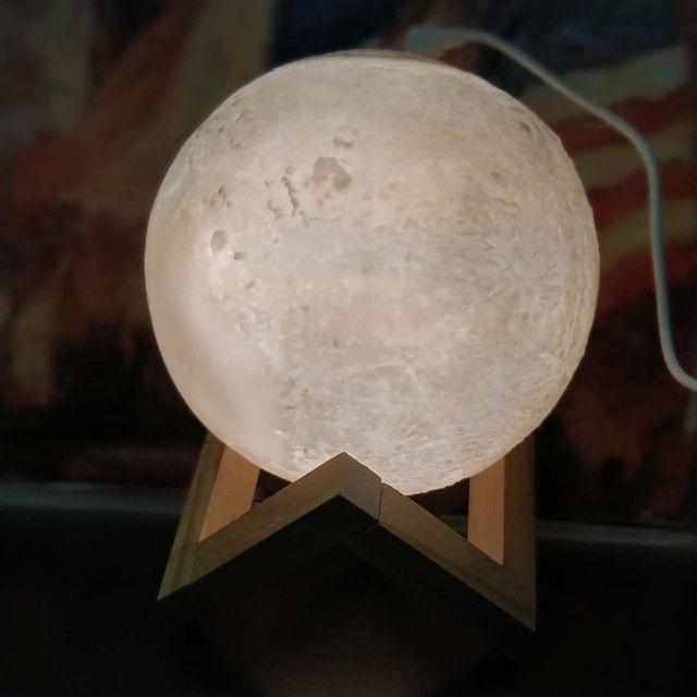 Lua 3D ,Luminária + Umidificador + aromatizador!<br> - Foto 4