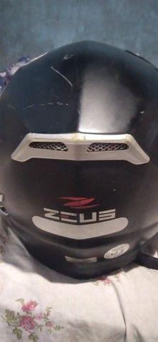 Capacete Zeus com óculos de sol - Foto 3