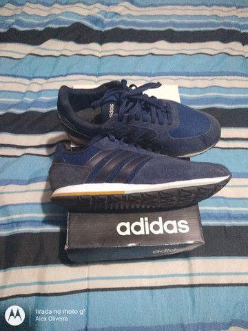 Tênis Adidas 41 - Foto 3