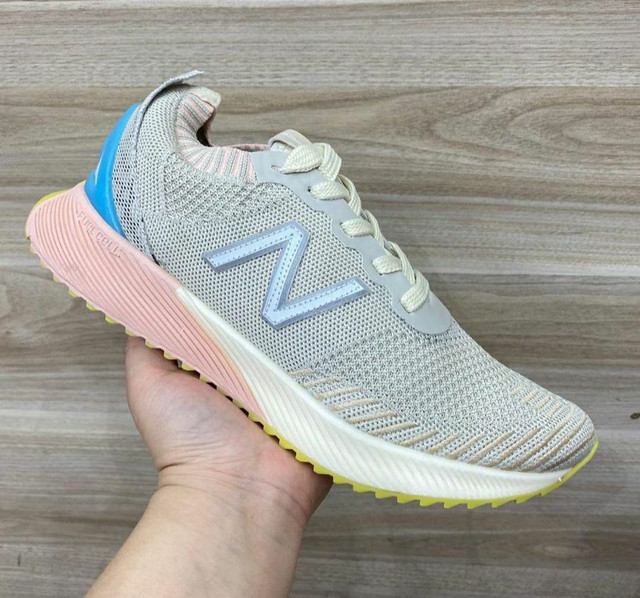 Tênis New Balance Fuelcell - Foto 4