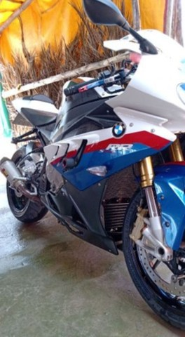 Vendo Excelente moto BMW S 1000 rr  a vista ou parcelado  - Foto 9