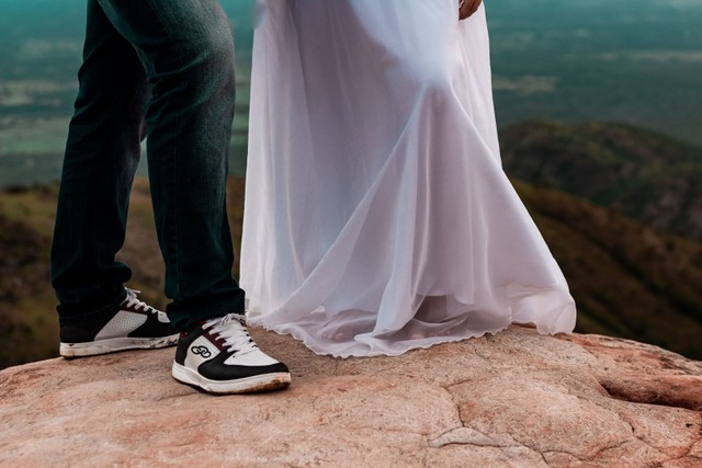 Vestido de noiva e buquê - Foto 3