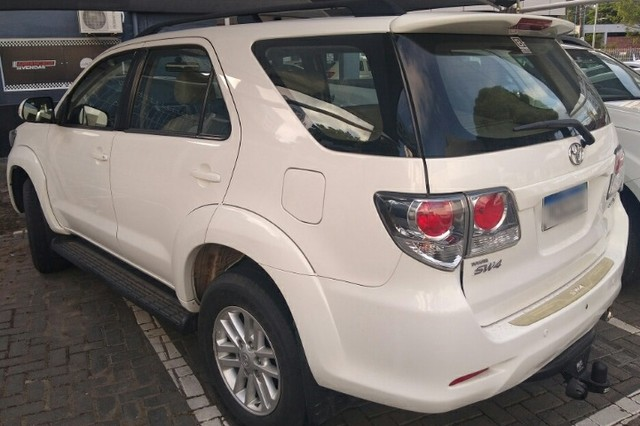 Toyota Hilux Sw4 Flex automática 5 lugares!!!! Extra de verdade !!! Sheila - Foto 4