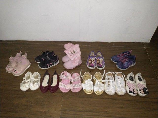 Sapatos menina 1, 2 anos - sandálias, botas, tênis