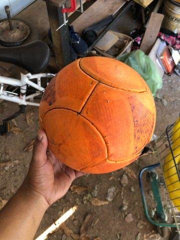 Bola da pênalti pra futsal