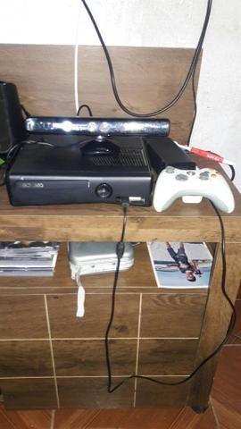 Vendo Ou Negócio XboX 360 top todo completo com Kinect e mas de 30 jogos