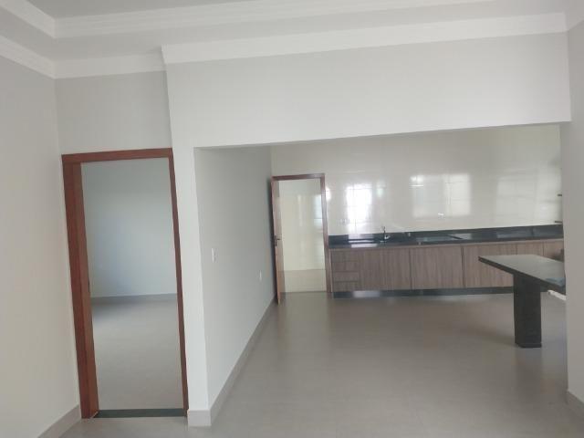 Vende-se ótima casa nova no bairro Jardim Vitória em Patos de Minas/MG - Foto 11