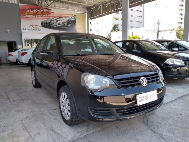 Volkswagen 2012/2013 polo sedan 1.6 Flex completo ótimo estado confira