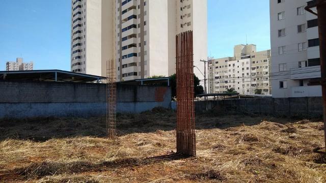 Área com projeto aprovado e fundação pronta para construção de condomínio - Foto 4