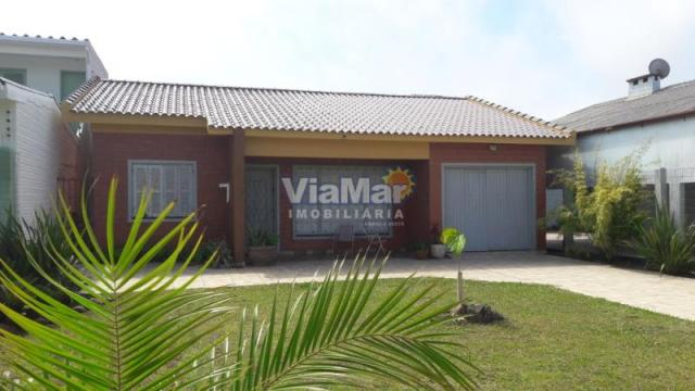 Casa para alugar com 3 dormitórios em Centro, Tramandai cod:5925