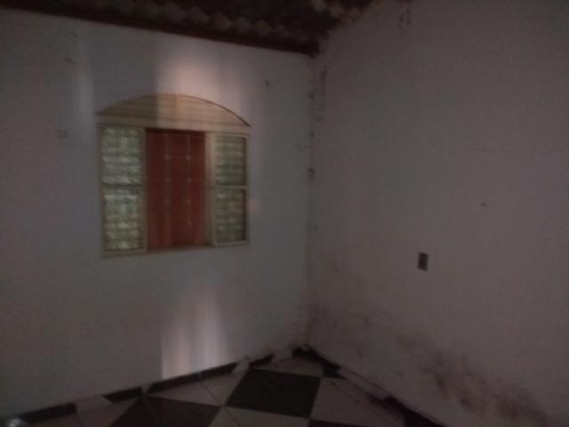 Qno 16 esquina - casa de 03 qts + casa de fundos - Foto 8