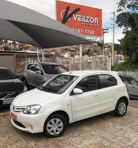 Toyota Etios 2015 1.5 XS Branco Flex Unico Dono Emplacado Revisado