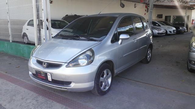 Honda fit 2005 completo aut. * financiamos sem entrada - Foto 2