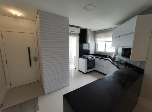 Apartamento Semi Mobiliado no Brava Beach, 4 suites 3 vagas, praia brava Itajai! - Foto 3