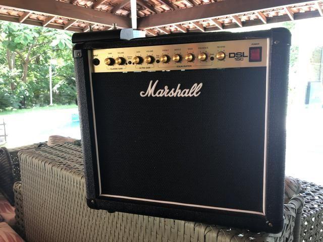 Amplificador valvulado Marshall DSL 15 C