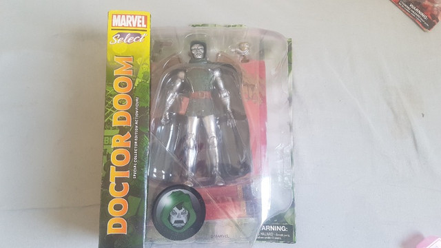 Doctor Doom - Doutor Destino - Marvel Select - Diamond Toys