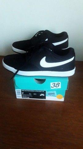 Lindo tênis Nike SB em camurça!  - Foto 2