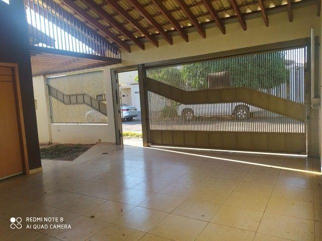 Casa - 01 suíte e 02 quartos e edícula ampla.prox  a escola militar - Foto 2