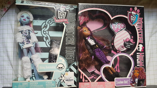 *lote* 5 bonecas Monster high - Foto 2