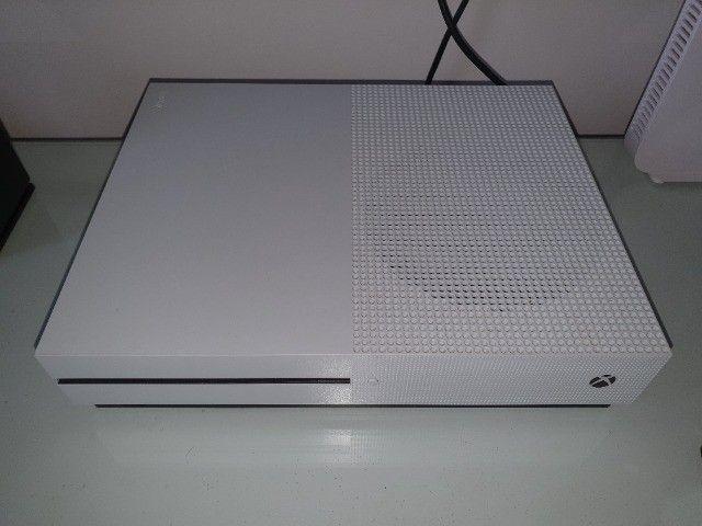 Xbox One S 1TB - Foto 3