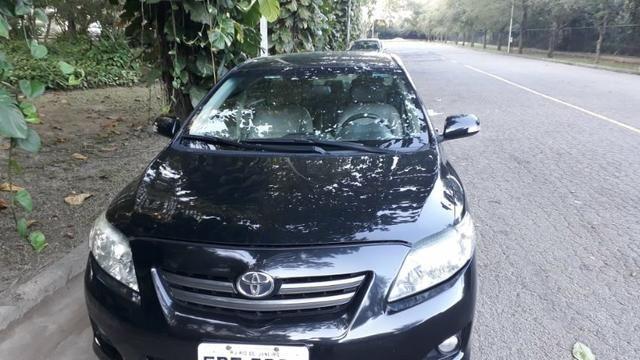 Toyota Corolla XEI-1.8 Flex com GNV 5aGeração com central Multimídia.Muito novo! - Foto 2