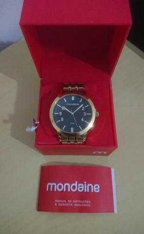 Relógio Dourado Masculino Mondaine