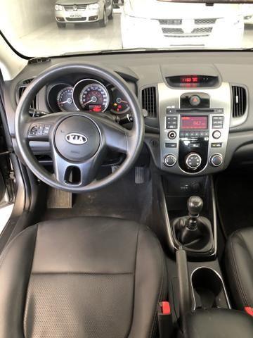 Kia Cerato 2011/2012 1.6 Flex 4P Manual - Foto 6