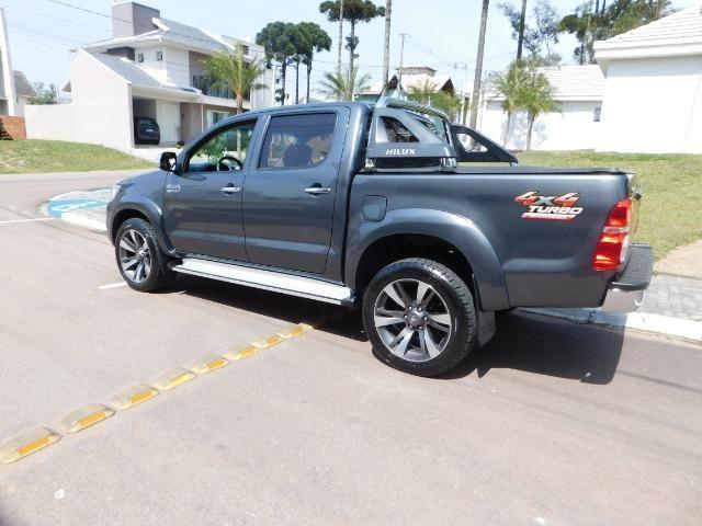 Hilux CD 4x4 Diesel - Foto 14