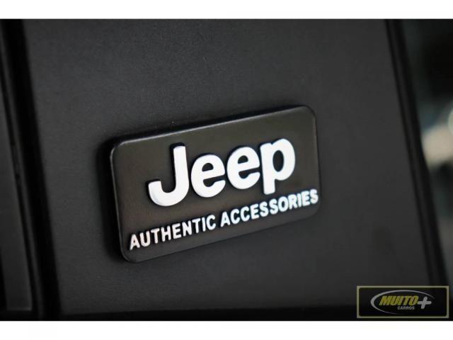 Jeep Renegade 1.8 Sport automático - Foto 18
