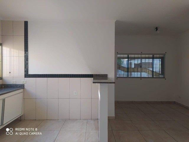 Casa - 01 suíte e 02 quartos e edícula ampla.prox  a escola militar - Foto 6